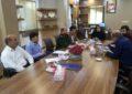نشست هم اندیشی پیرامون ساخت تمثال مبارک شهدا در دفتر شهردار آب پخش تشکیل شد+تصاویر