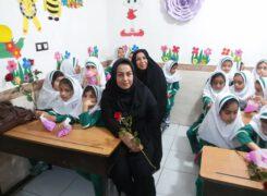 جشن شکوفه ها،همزمان با سراسر کشور،در مدرسه غیردولتی طوبی آب پخش برگزار شد+تصاویر